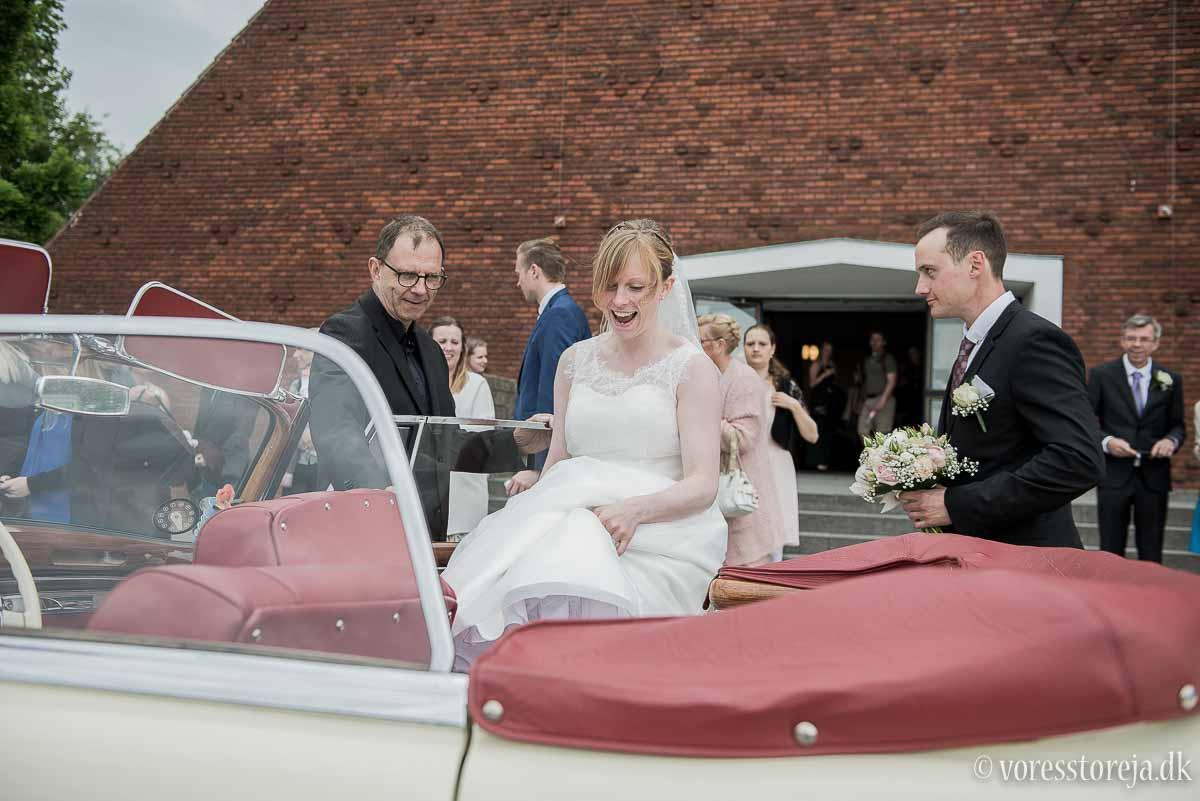 udenfor Christianskirken Aarhus bryllup
